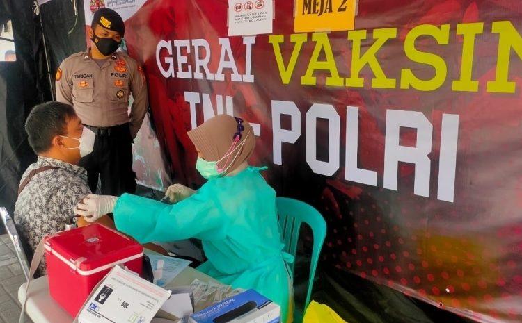 Hari Ini, 42 Warga Jalani Suntik Vaksin di Gerai Vaksin Presisi Polres Kepulauan Seribu