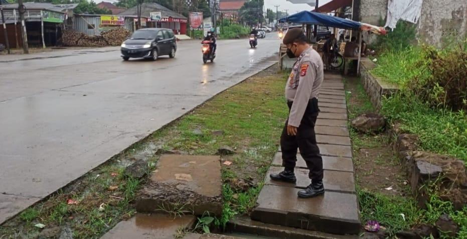 Antisipasi Genangan Air dan Pohon Tumbang, Satsamapta Polres Serang Kota Polda Banten Intens Patroli